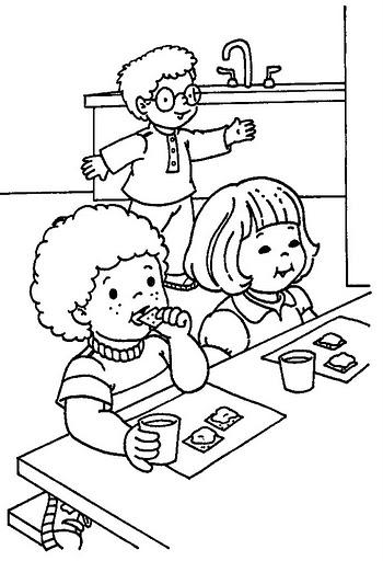 Disegni attivit scuola dell 39 infanzia for Salle a manger a colorier